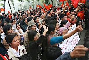 Youth-Vietnamese-protest-China-12092008-305