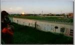 Berlin Wall 29 - Tầm nhìn từ Đông Đức sang Tây Đức từ plate-forme ở Postdam